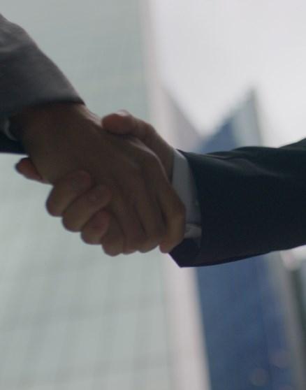 Seize The Moment Tab Module Handshake 438X558